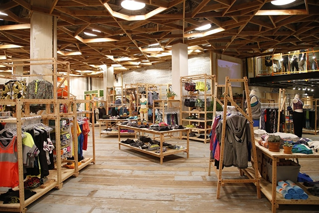 urban outfitters student discount in-store